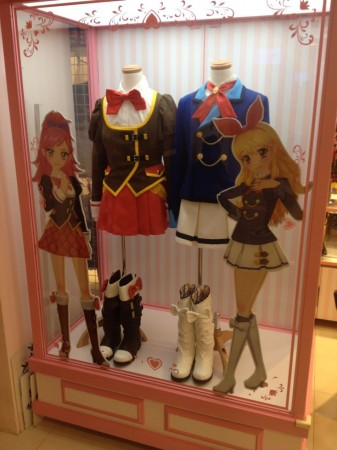 Aikatsu_store_display